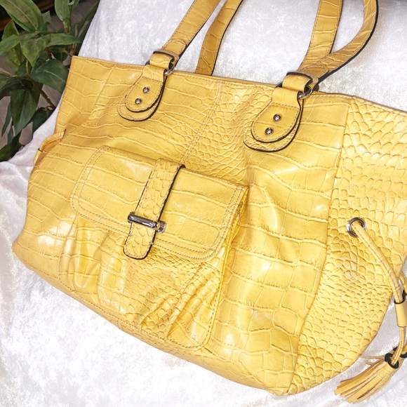 Handbags - Sunshine yellow tote